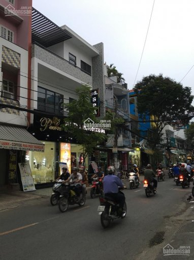 Bán nhà 2 mặt tiền Nguyễn Hồng Đào, P.14, Tân Bình; 4x20m, 3 lầu, vị trí đẹp