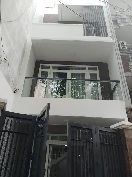 Bán nhà đường 8m Bàu Cát Đôi, P.12, Q.Tân Bình; 5 x 20m, 3 lầu, nhà đẹp, gần chợ Bà Hoa