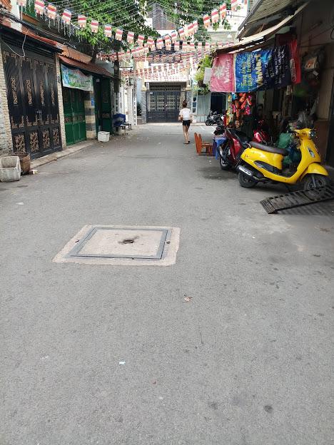 Bán nhà hẻm 9m Đồng Đen, P.14, Tân Bình; 4,3 x 12m, vị trí đẹp, giá chỉ 8 tỷ