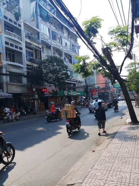Bán nhà mặt tiền Đồng Đen, P.14, Tân Bình; 4 x 16m, 3 lầu mới, giá rẻ