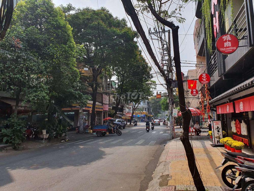 Bán nhà mặt tiền đườn C27, khu K300, P.12, Q.Tân Bình; 4x20m, 4 lầu, vị trí đẹp